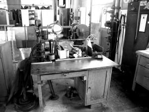 Details aus der ehem. OMV-Schlosserei in Neusiedl an der Zaya Quelle: Archiv Rohstoff Geschichte, Sammlung Alois Diem